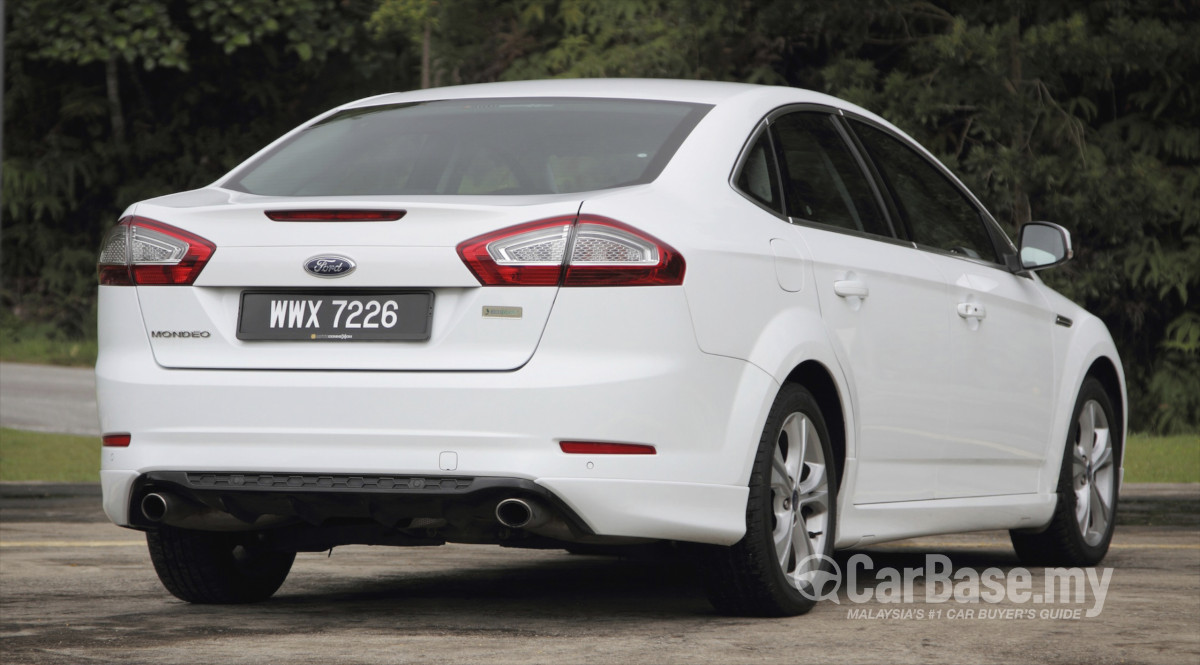 Ford Mondeo Mk4 Facelift (CD345) (2011) Exterior Image in