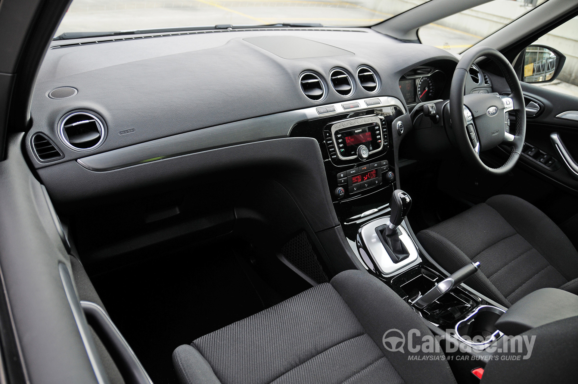 Compare Car Dimensions >> Ford S-MAX Mk1 (CD340) (2011) Interior Image #11263 in Malaysia - Reviews, Specs, Prices ...