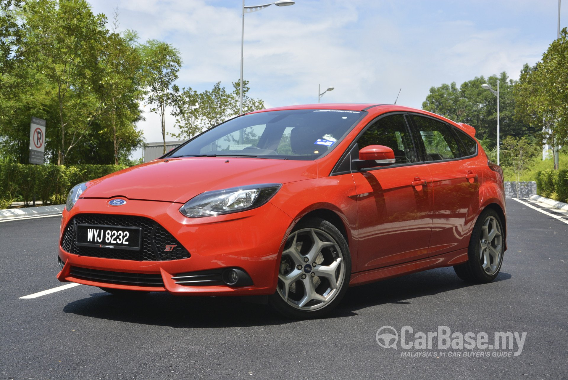 Ford Focus St Mk3 C346 2012 Exterior Image 12557 In Malaysia Reviews Specs Prices