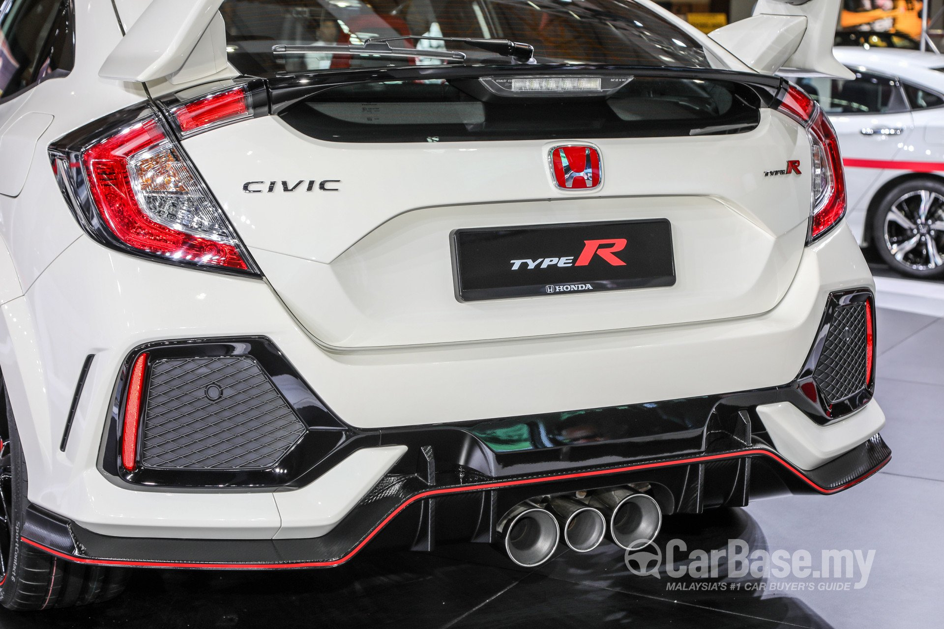honda civic type r fk8 2017 exterior image 42718 in malaysia reviews specs prices. Black Bedroom Furniture Sets. Home Design Ideas