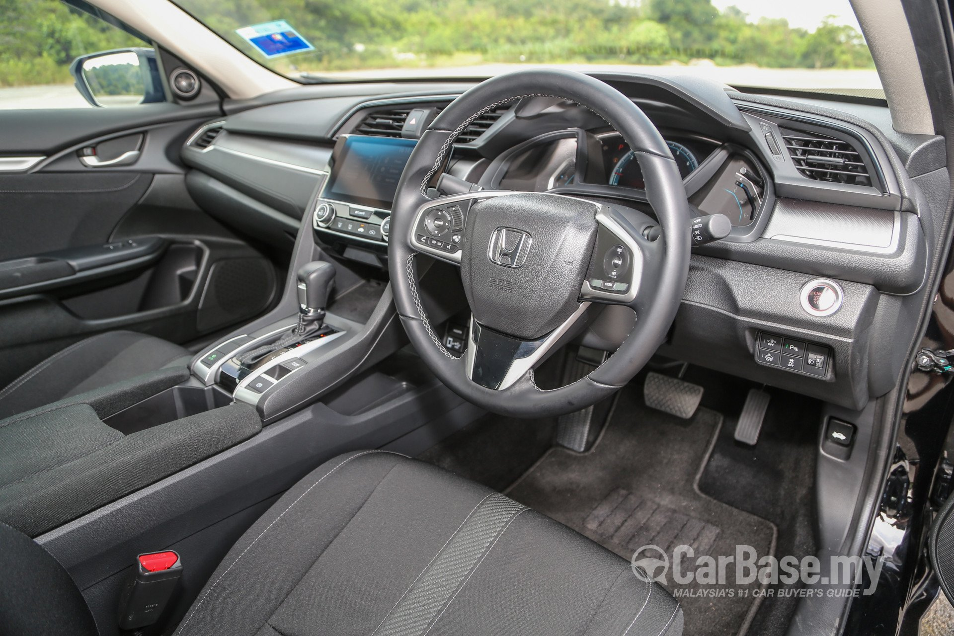 https://s1.carbase.my/upload/24/44/443/interior/s13-1486374560-1944-honda-civic.jpg