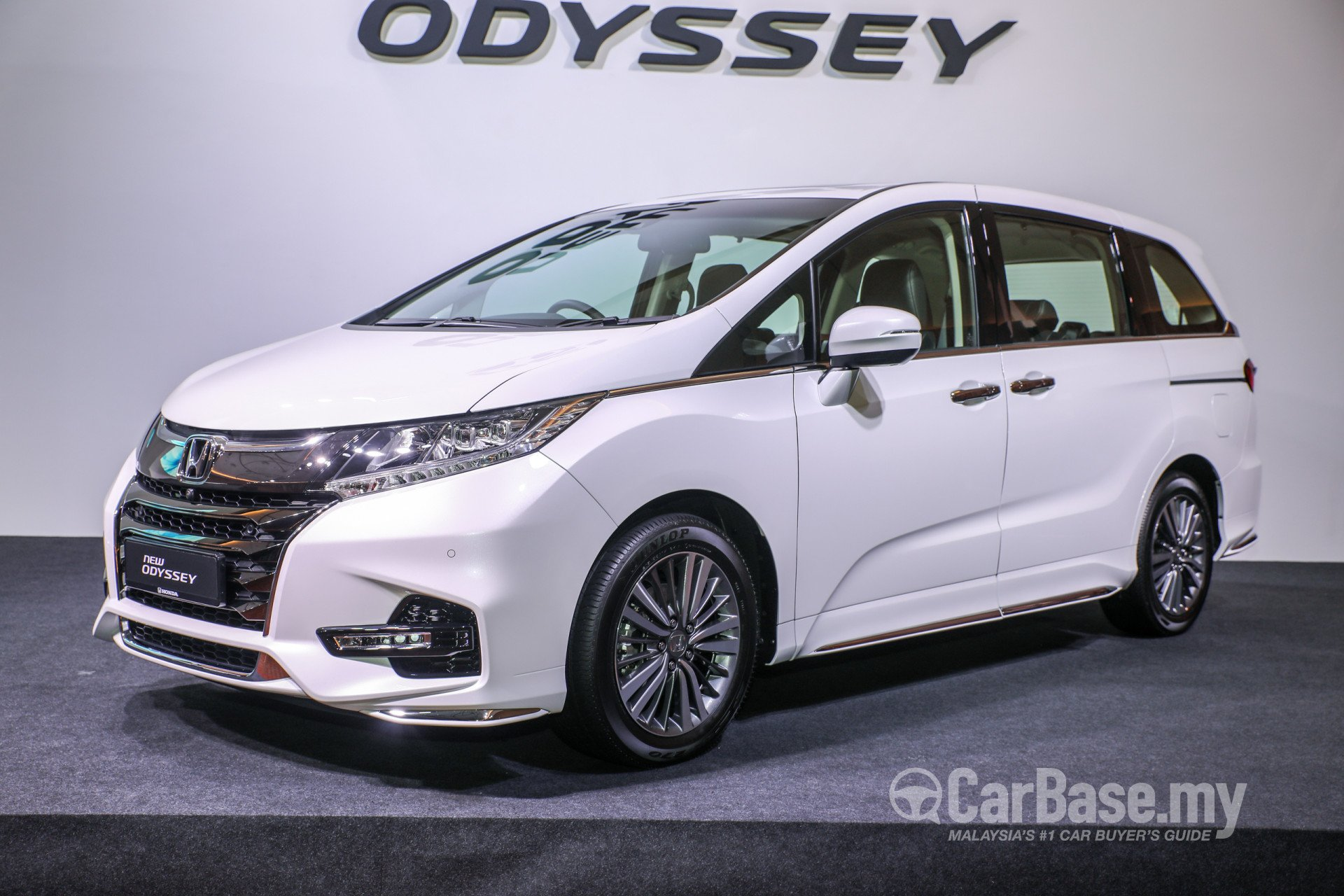 curbside white away honda larger right converted price odyssey sold fully view image drive new opt conversions