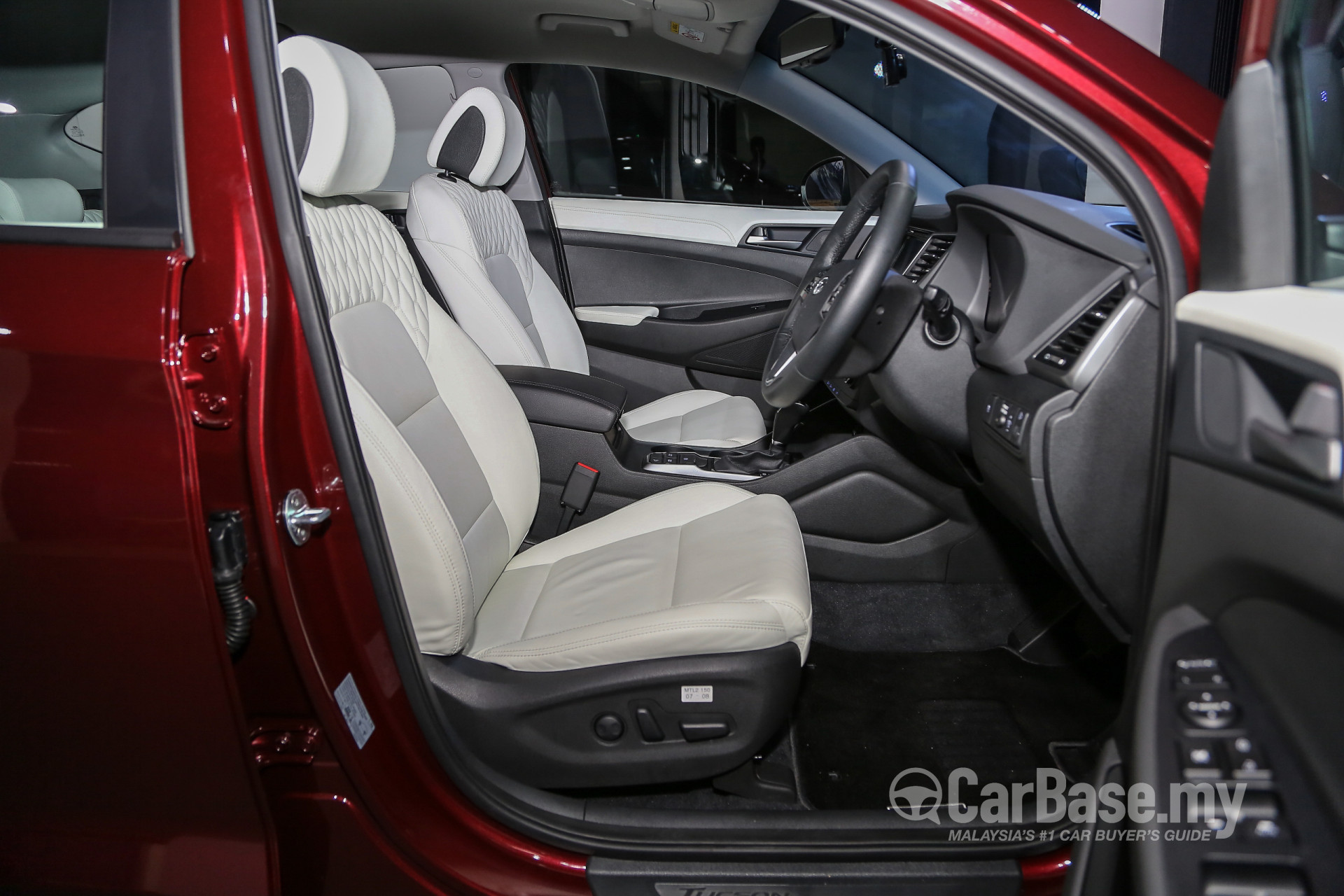 hyundai tucson tl 2015 interior image 25889 in malaysia reviews specs prices. Black Bedroom Furniture Sets. Home Design Ideas