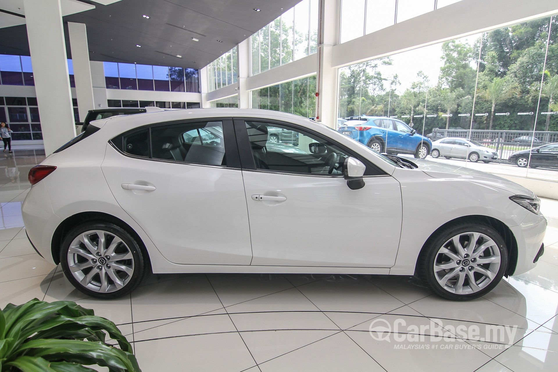 mazda 3 hatchback bm 2015 exterior image 20593 in malaysia reviews specs prices. Black Bedroom Furniture Sets. Home Design Ideas