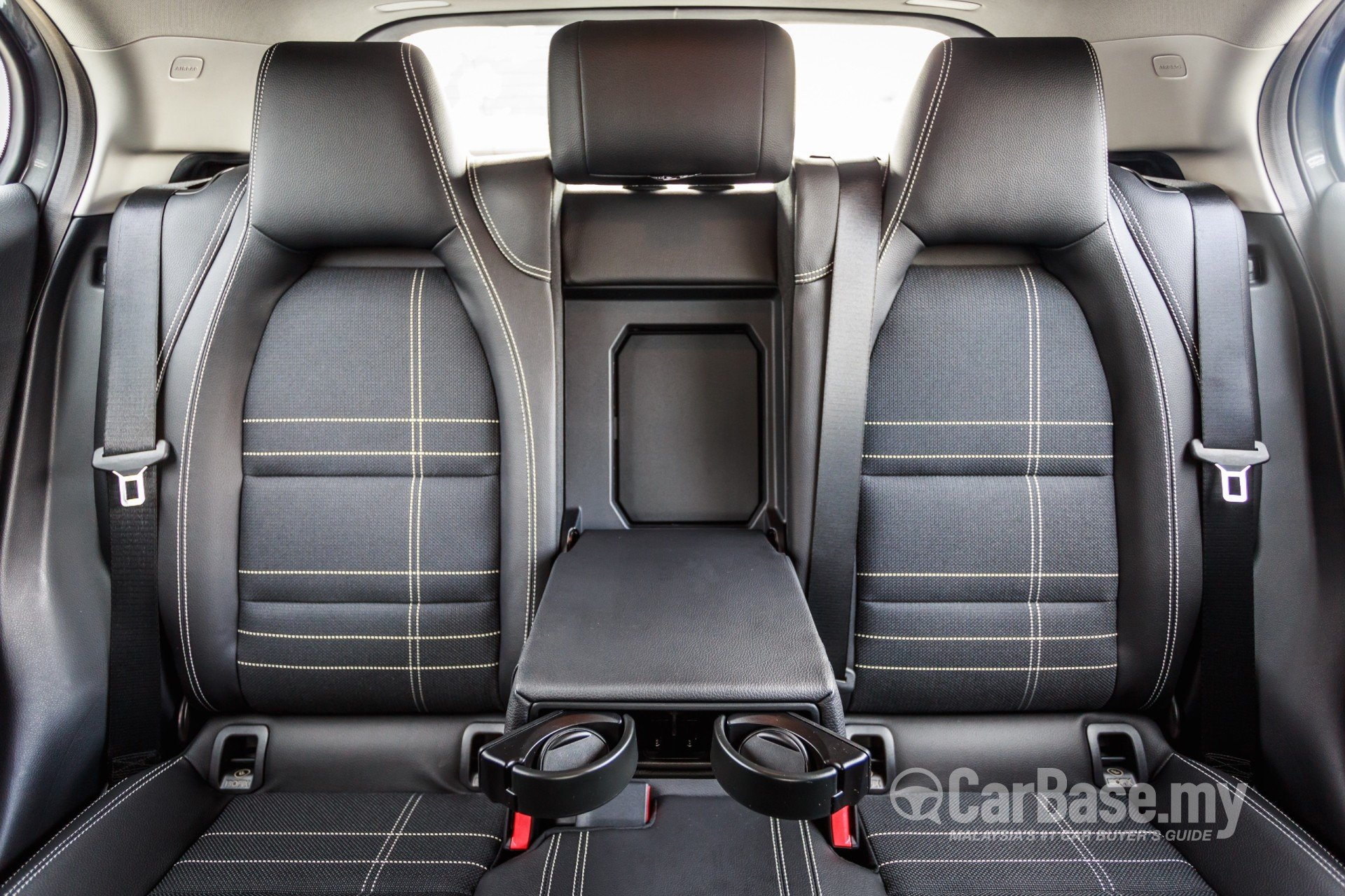 Mercedes Benz Gla X156 2014 Interior Image 16784 In Malaysia Reviews Specs Prices