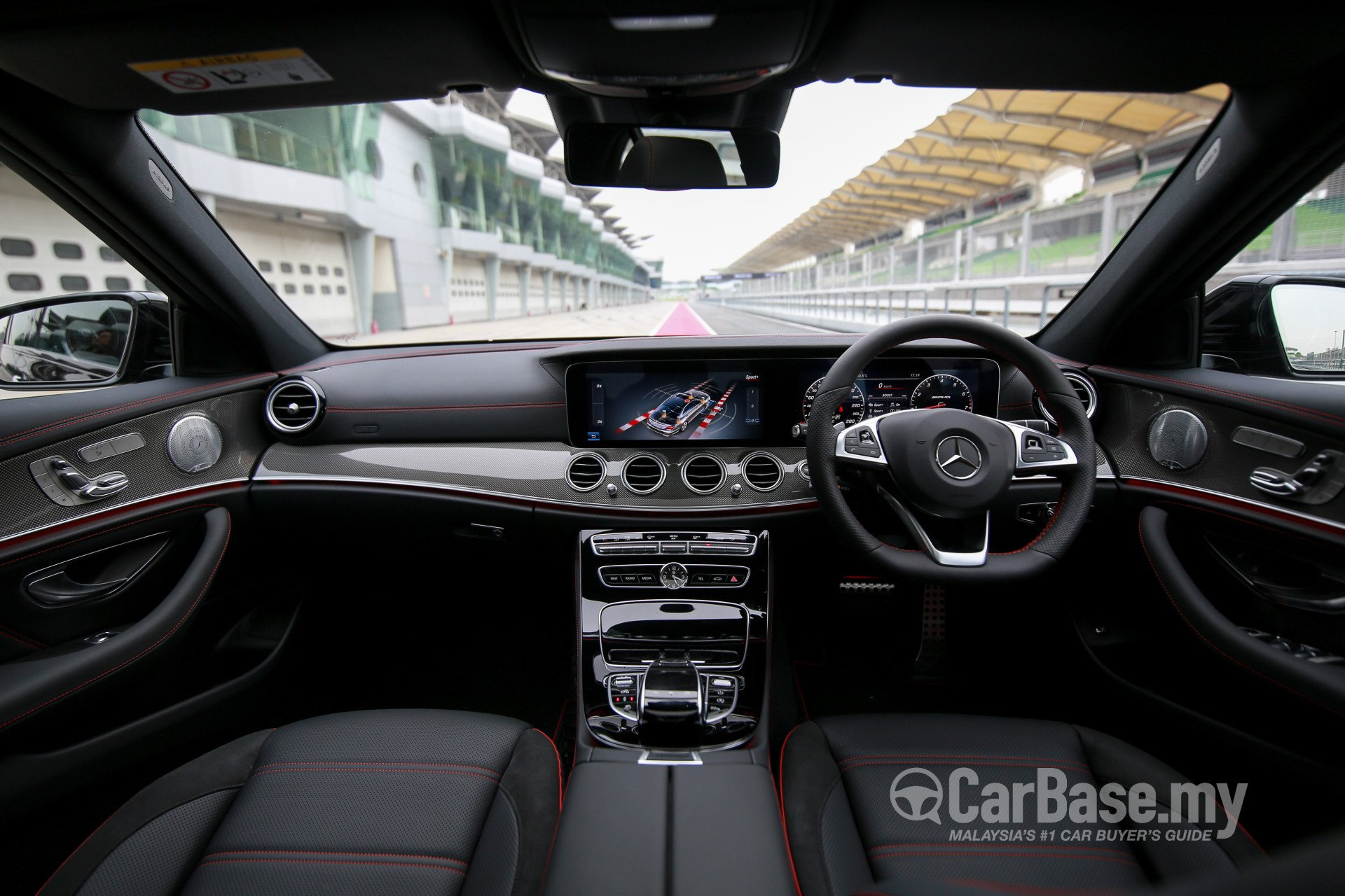 Mercedes-Benz AMG E-Class W213 (2017) Interior Image #38385 in