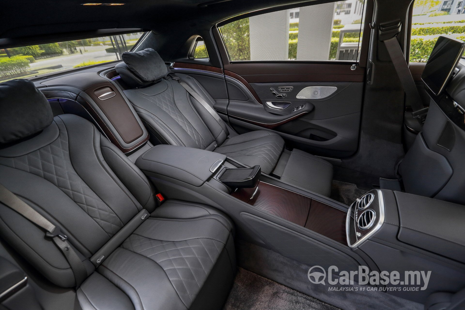 mercedes-benz maybach s-class x222 facelift (2018) interior image