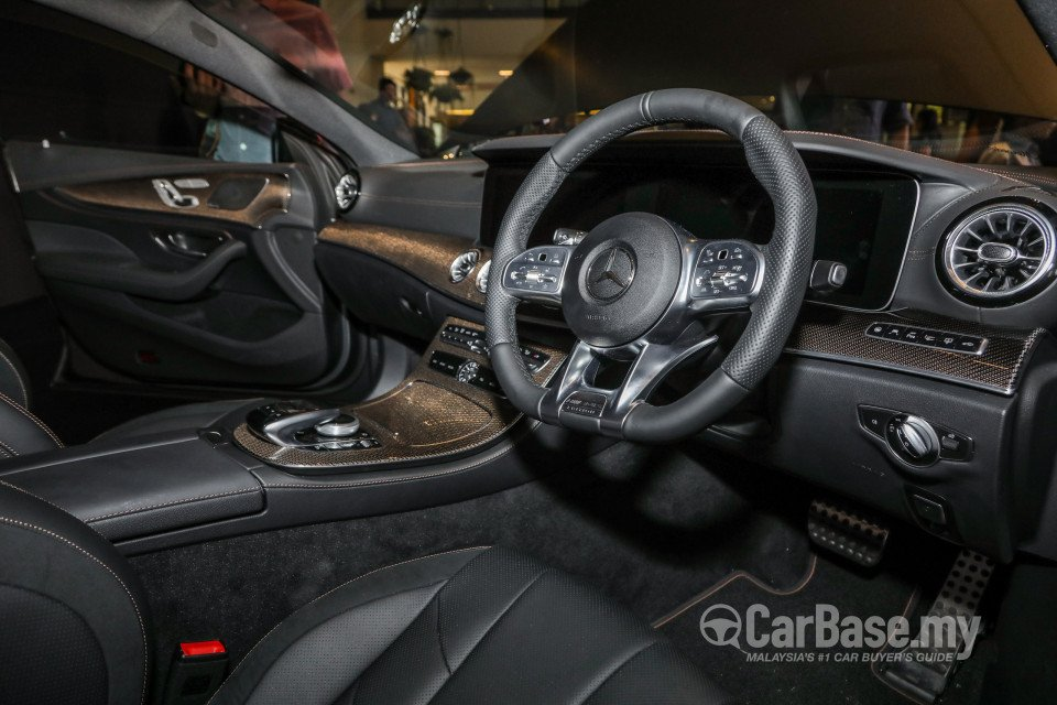 Mercedes benz amg cls c257 2018 interior image 50890 in for Mercedes benz cl amg