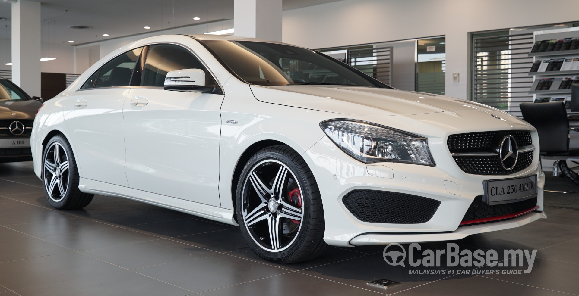 Mercedes benz cla c117 2014 exterior image 28403 in for Mercedes benz cla 2014 price