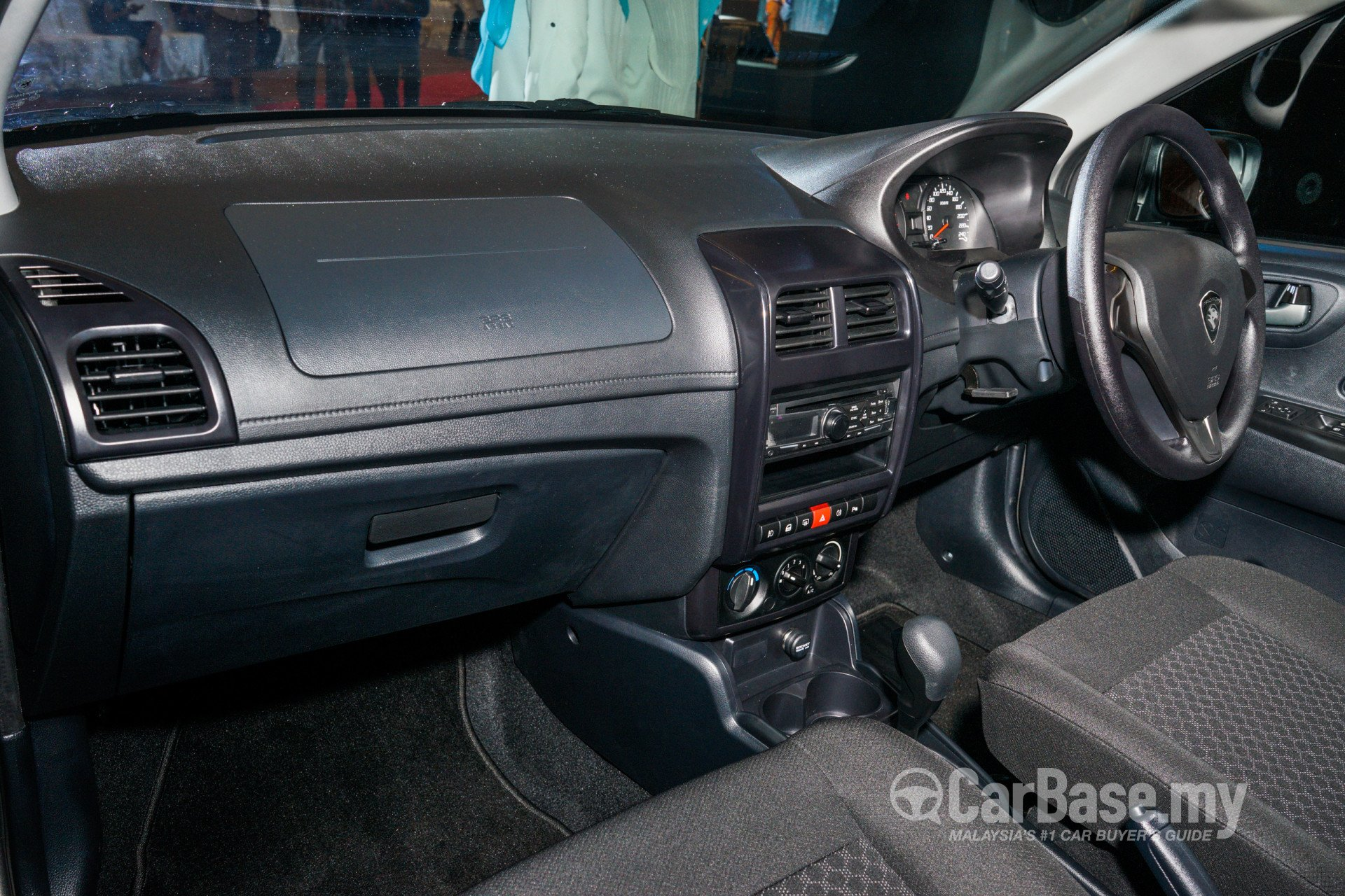 https://s1.carbase.my/upload/51/64/459/interior/s13-1475115821-6130-proton-saga.jpg