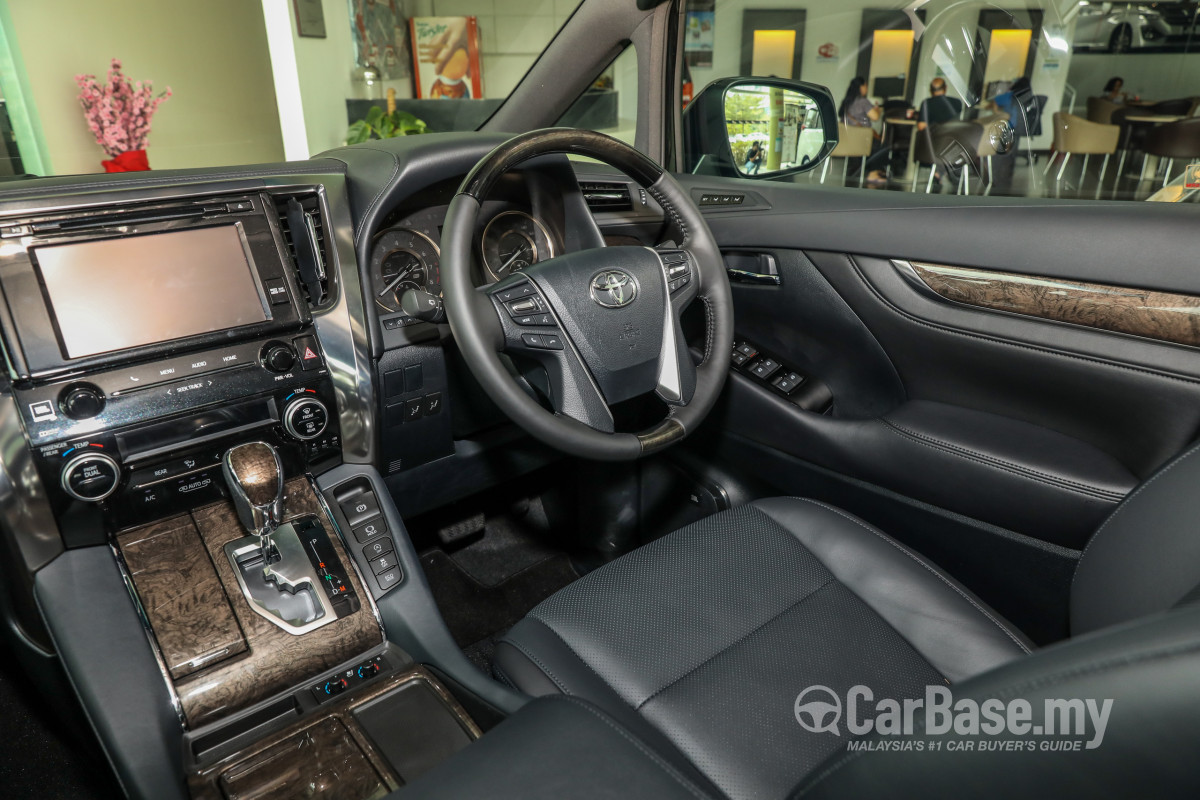 Toyota Alphard Ah30 Facelift 2018 Interior Image 47682 In Malaysia Reviews Specs Prices Carbase My