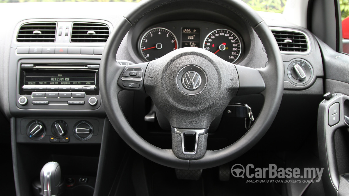 How Much Car Can I Afford Calculator >> Volkswagen Polo Mk5 CBU (2010) Interior Image in Malaysia - Reviews, Specs, Prices - CarBase.my