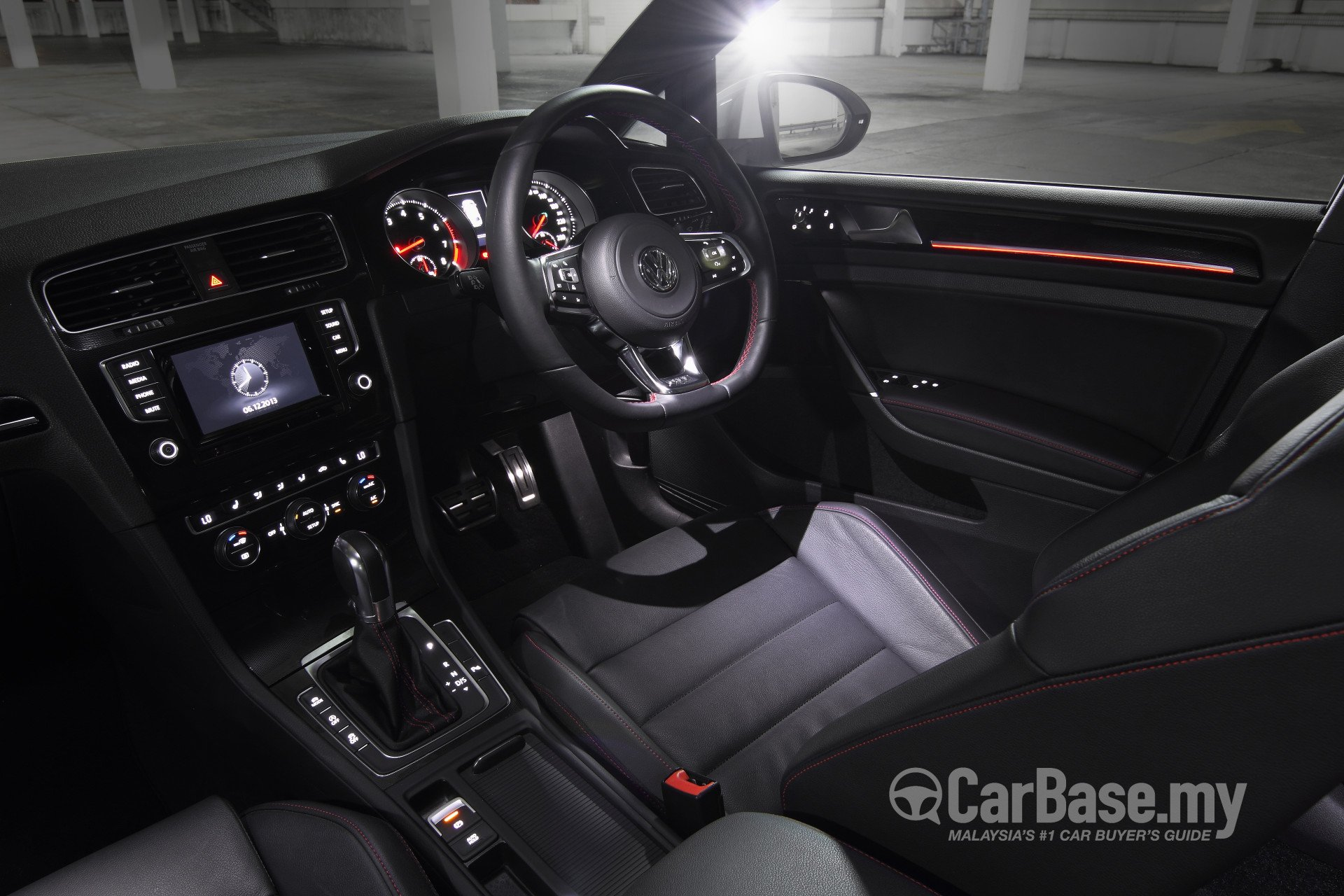 Volkswagen Golf GTI Mk7 (2013) Interior Image in Malaysia - Reviews, Specs, Prices - CarBase.my